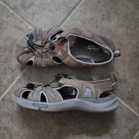 Clarks Wave Hiking Sandal Size 6 Euc